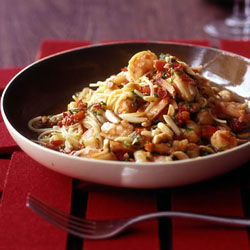 spanish-fideos-with-shrimp